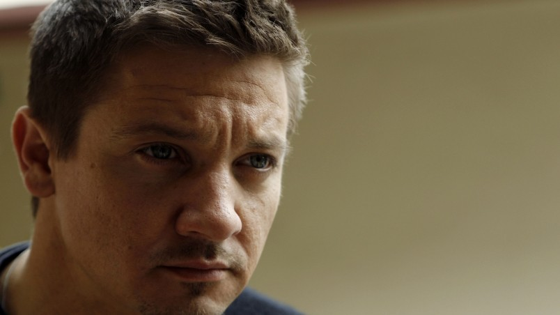 Jeremy Renner Close Up wallpaper