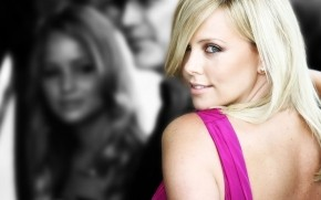 Charlize Theron Smile wallpaper