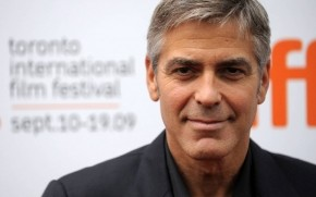 George Clooney Smile wallpaper
