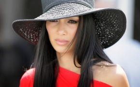 Nicole Scherzinger Hat wallpaper