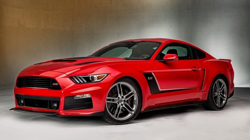 Gourgeous Red Ford Mustang wallpaper