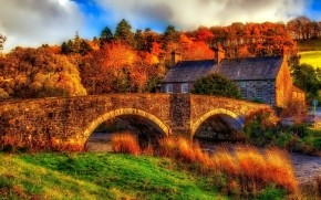 HDR Old Bridge and House wallpaper