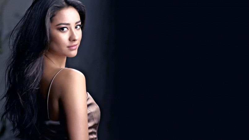 Shay Mitchell Cool wallpaper