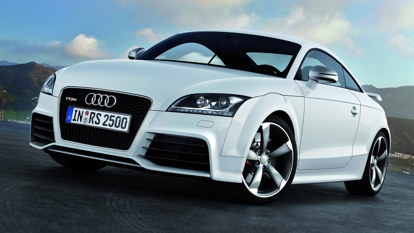 2012 Audi TT RS for 1600 x 900 HDTV resolution