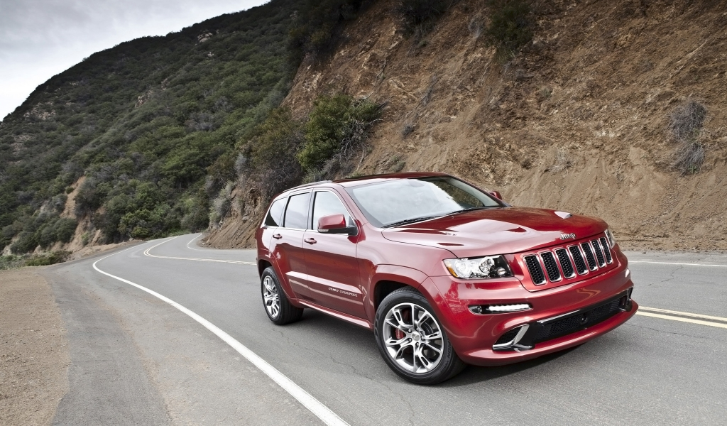 2012 Jeep Grand Cherokee SRT8 Speed for 1024 x 600 widescreen resolution
