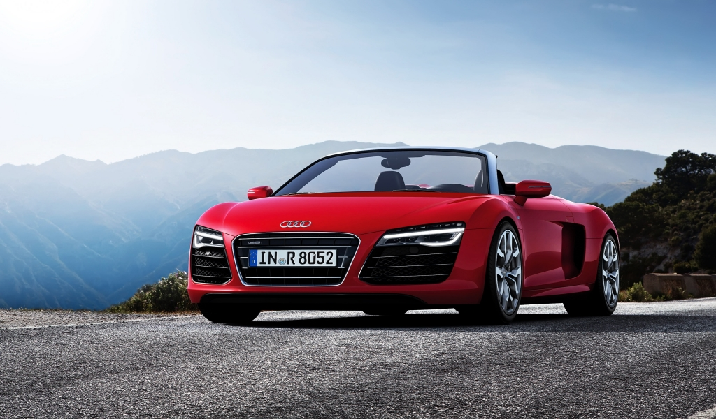 2013 Audi R8 Spyder for 1024 x 600 widescreen resolution