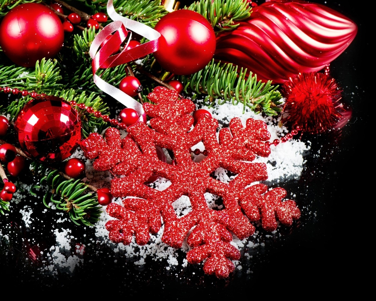 2014 Beautiful Christmas Decorations  for 1280 x 1024 resolution
