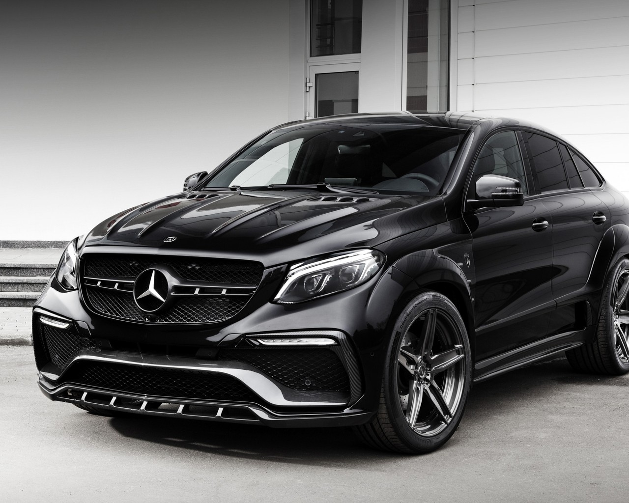 2016 Mercedes-Benz GLE-class for 1280 x 1024 resolution