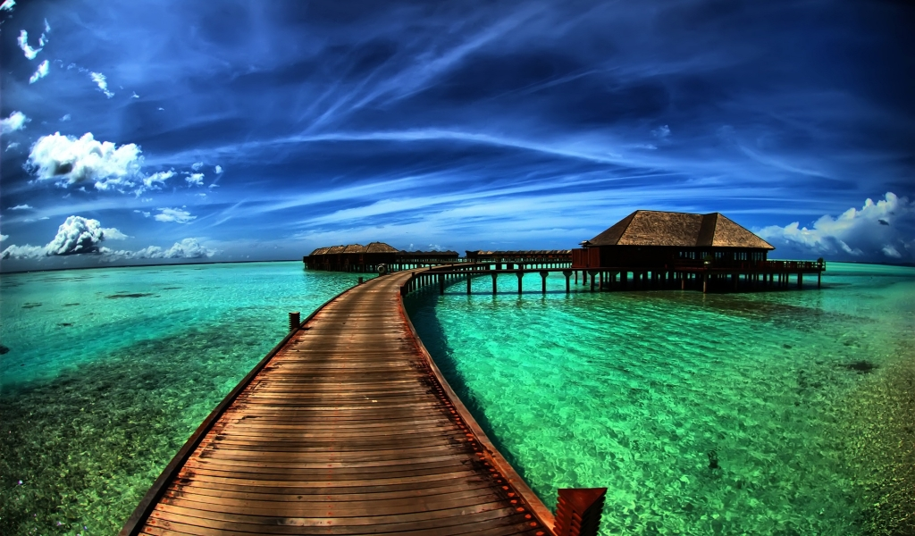 Amazing Sea Resort for 1024 x 600 widescreen resolution