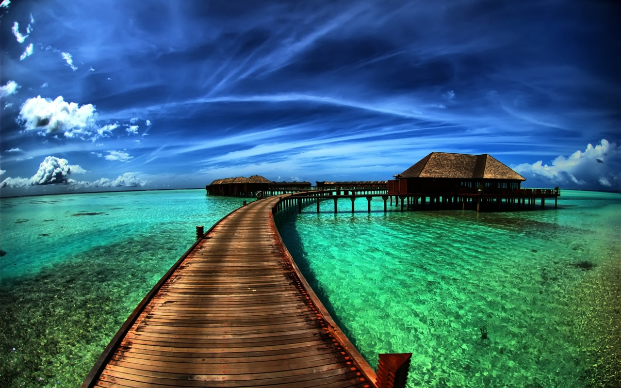 Amazing Sea Resort for 1280 x 800 widescreen resolution
