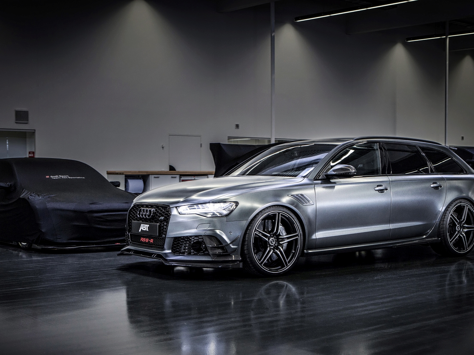 Audi RS6 R ABT for 1600 x 1200 resolution