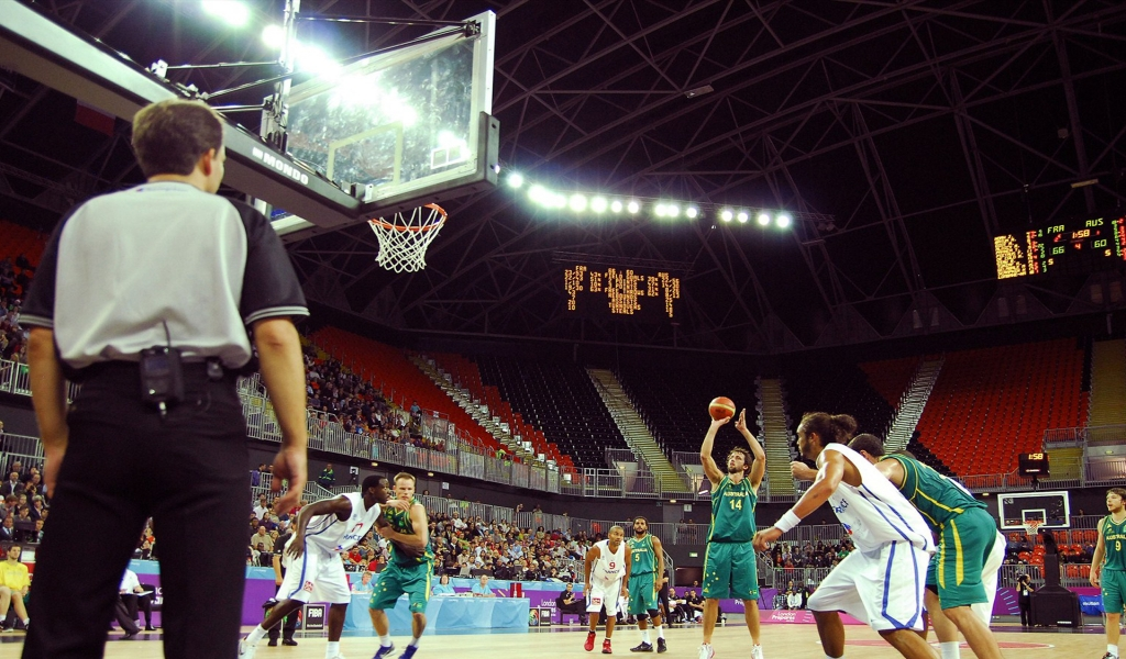 Basketball on the Olympic Park for 1024 x 600 widescreen resolution