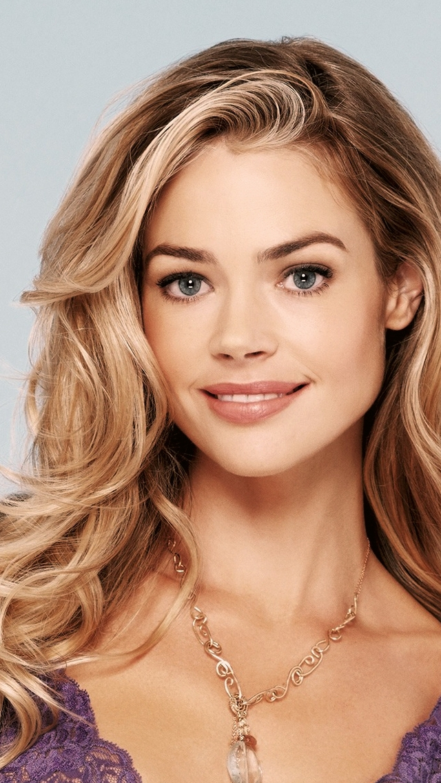 Beautiful Denise Richards  for 640 x 1136 iPhone 5 resolution