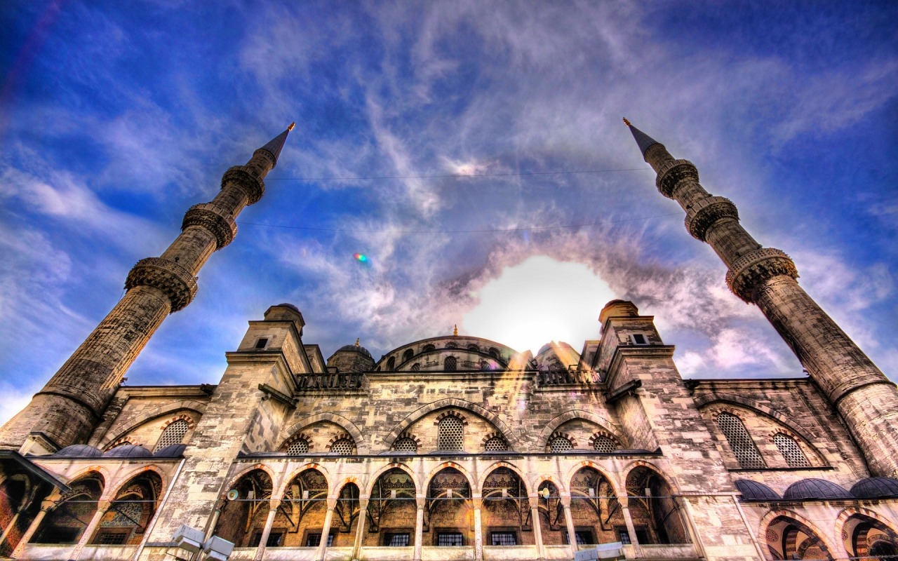 Beautiful Mosque HDR for 1280 x 800 widescreen resolution