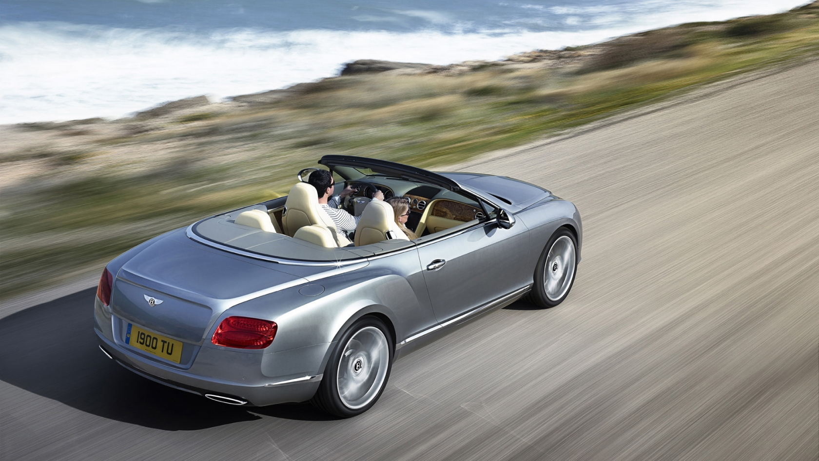 Bentley Continental GTC Speed for 1680 x 945 HDTV resolution