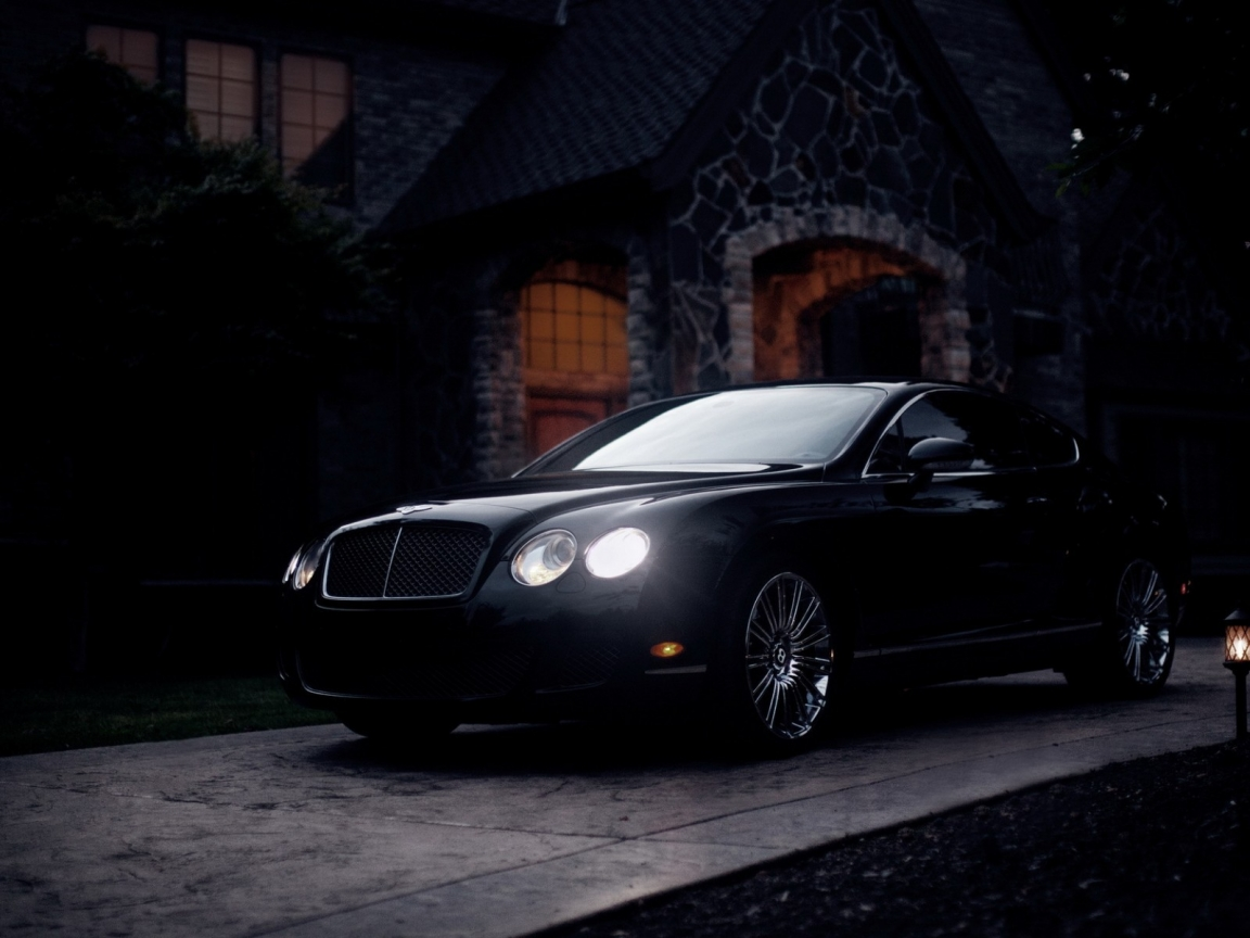 Black Bentley Continental GT for 1152 x 864 resolution