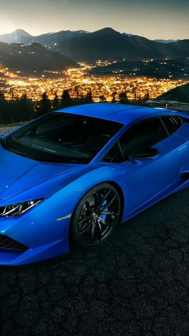 Blue Lamborghini Huracan 640 X 1136 Iphone 5 Wallpaper