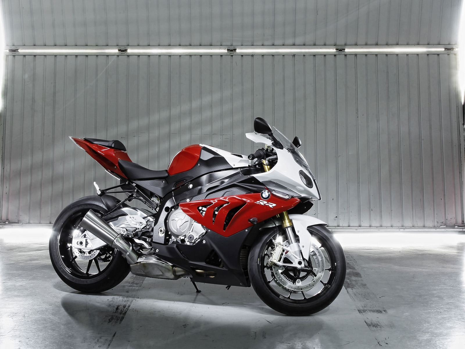 BMW S 1000 2012 for 1600 x 1200 resolution