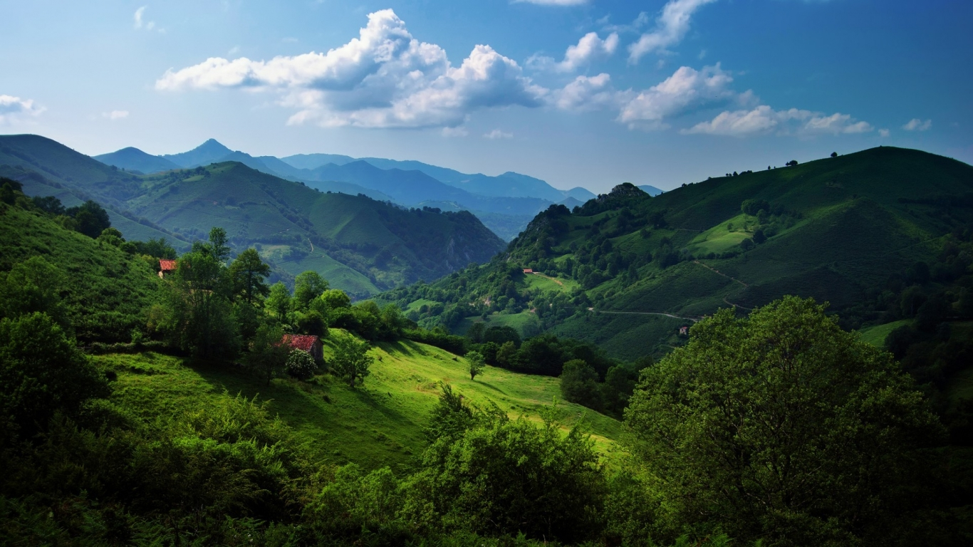 Cantabrian Mountains for 1366 x 768 HDTV resolution