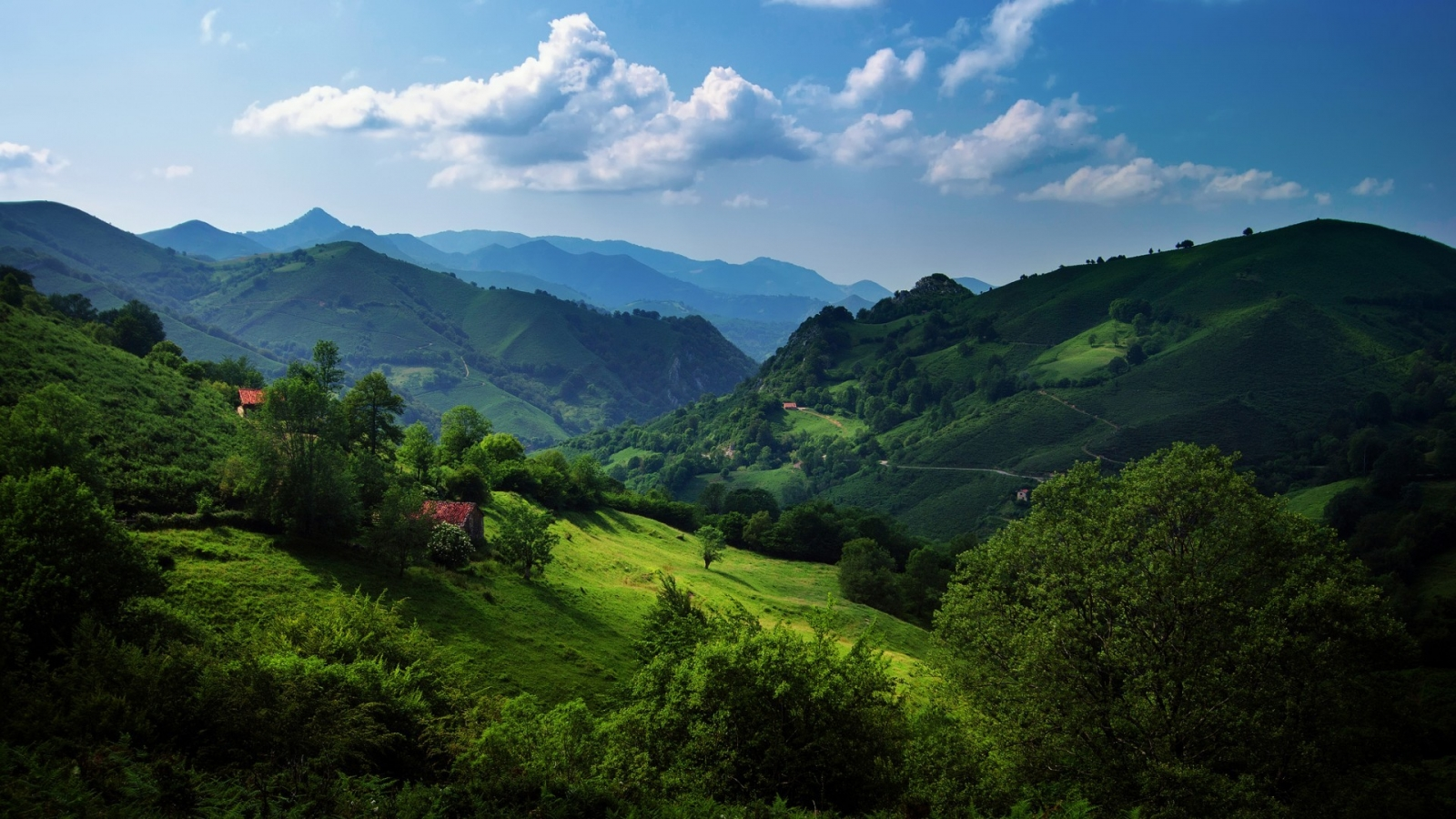 Cantabrian Mountains for 1600 x 900 HDTV resolution