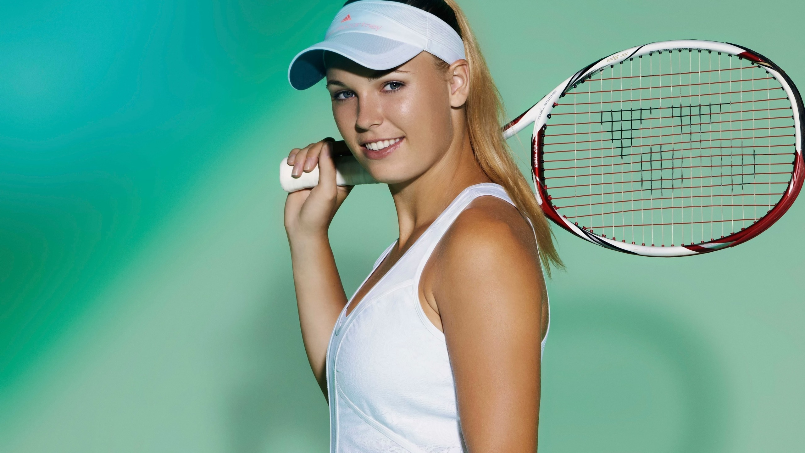 Caroline Wozniacki Danish Tennis Player for 2560x1440 HDTV resolution