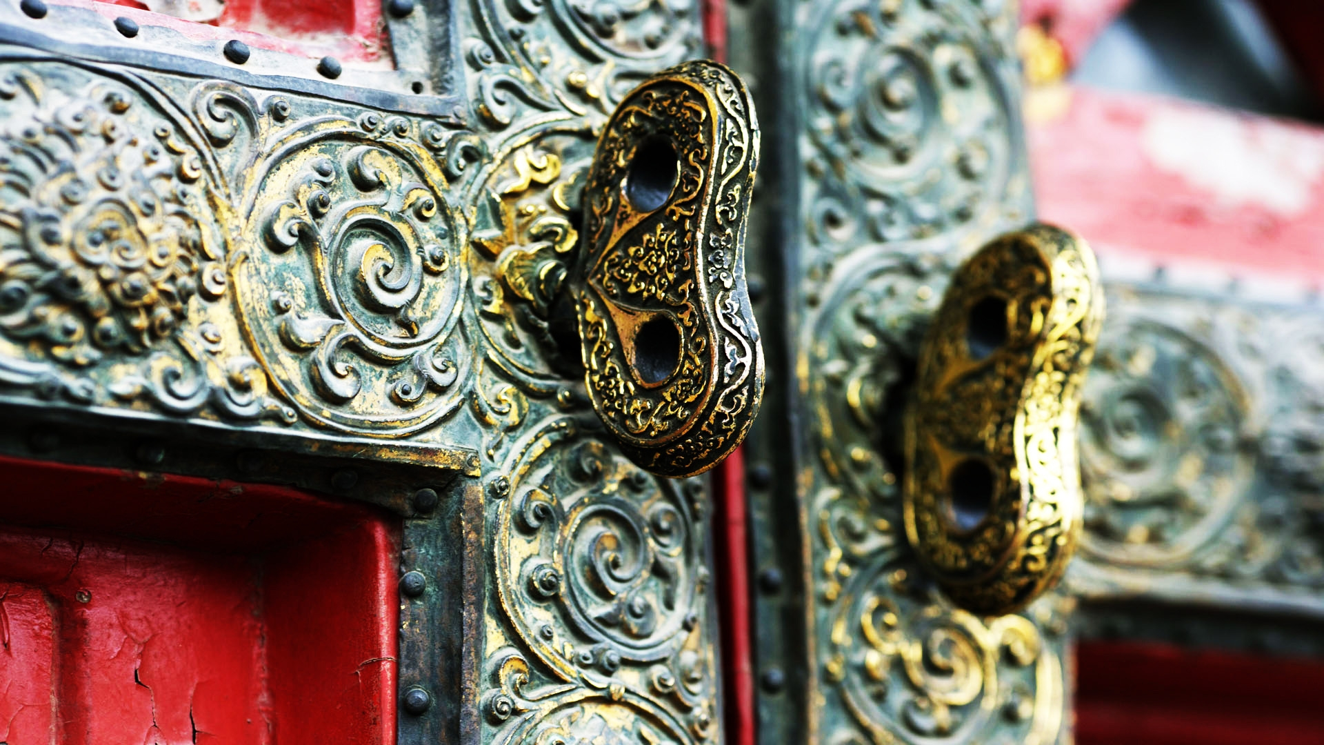 Chinese lock for 1920 x 1080 HDTV 1080p resolution