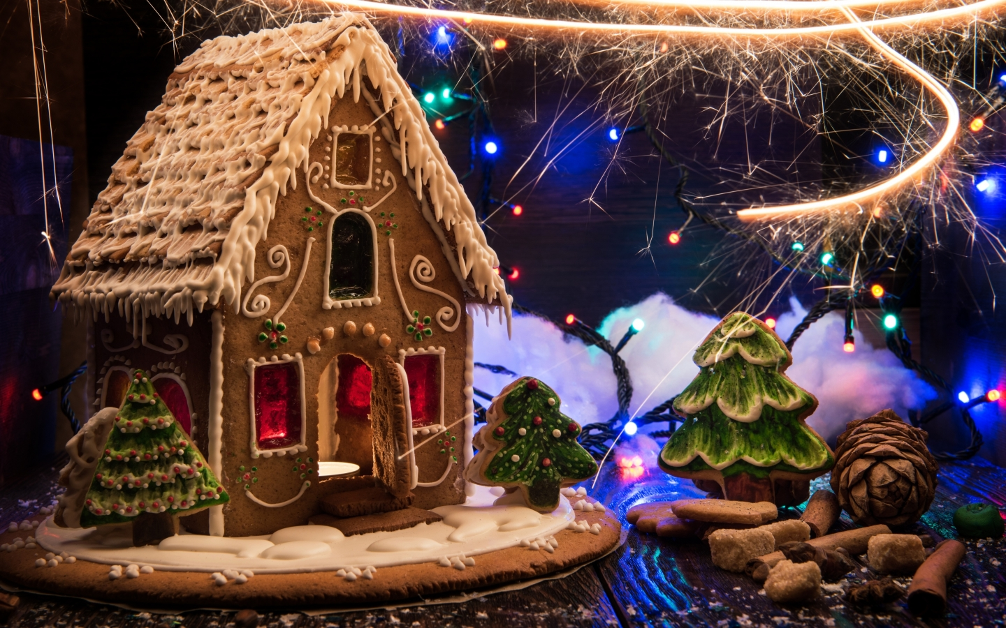 Christmas Gingerbread Decorations for 1440 x 900 widescreen resolution