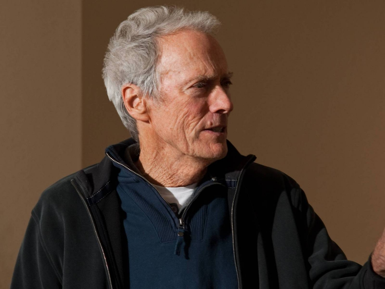 Clint Eastwood Close-Up for 1280 x 960 resolution