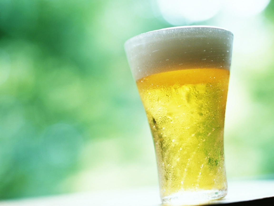 Cold Glass of Beer hd wallpaper for 1152 x 864 resolution