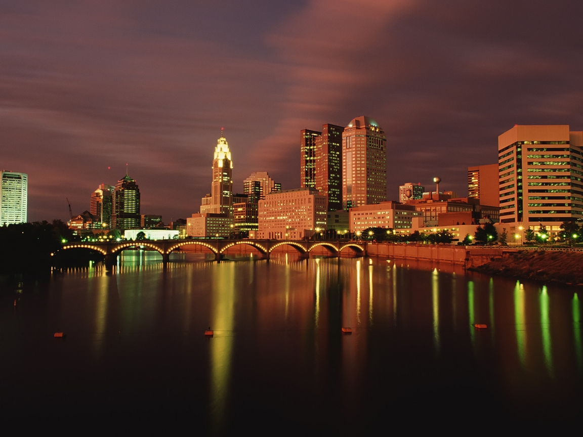 Columbus Ohio at Dusk for 1152 x 864 resolution