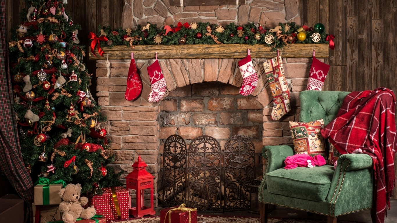 Cozy Christmas Decor  for 1366 x 768 HDTV resolution
