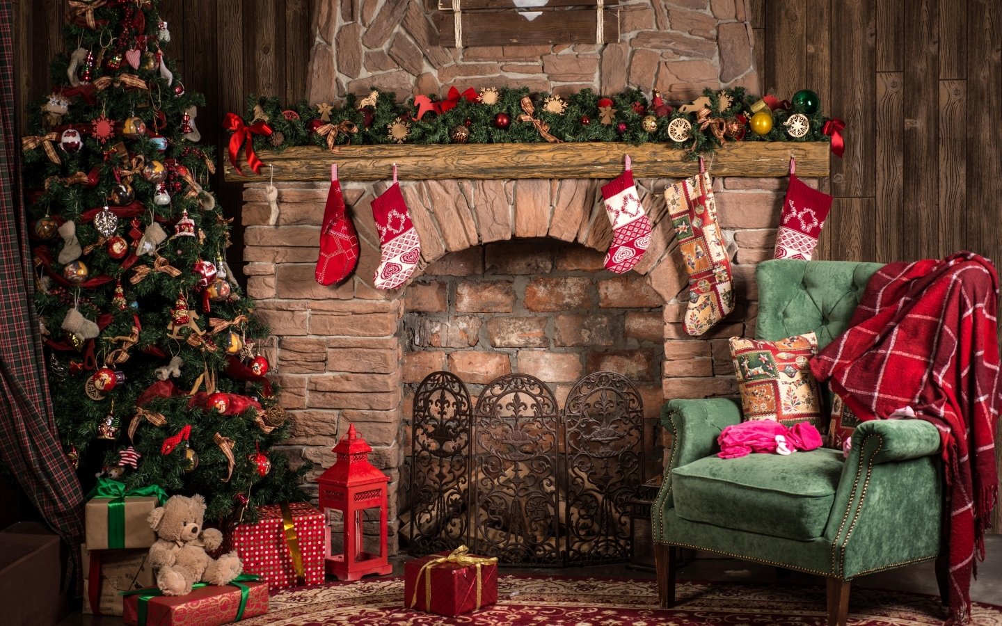 Cozy Christmas Decor  for 1440 x 900 widescreen resolution