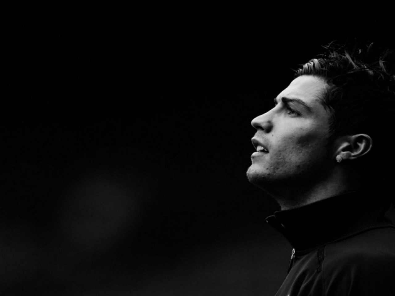 Cristiano Ronaldo Black and White for 1280 x 960 resolution