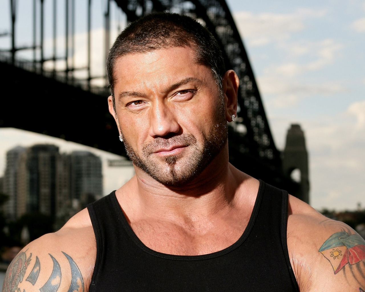 Dave Bautista for 1280 x 1024 resolution