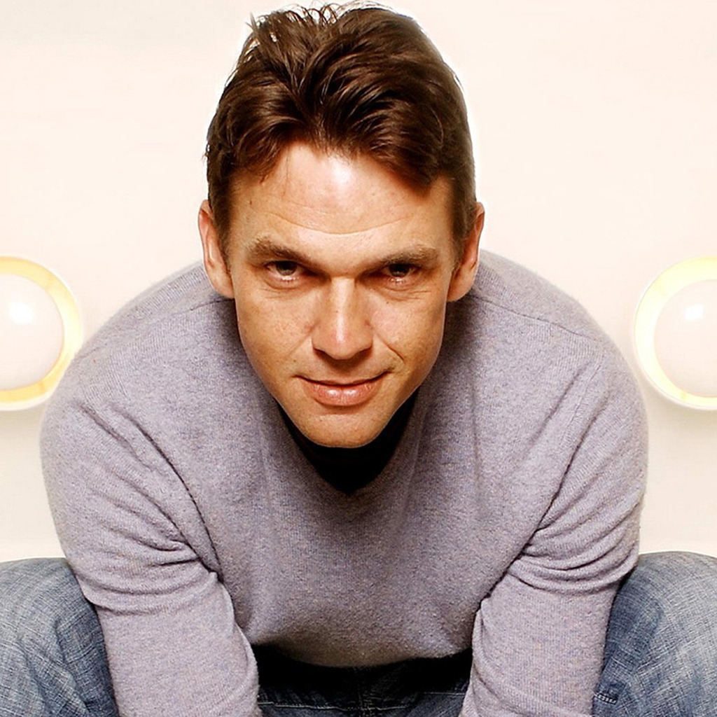 Dougray Scott for 1024 x 1024 iPad resolution