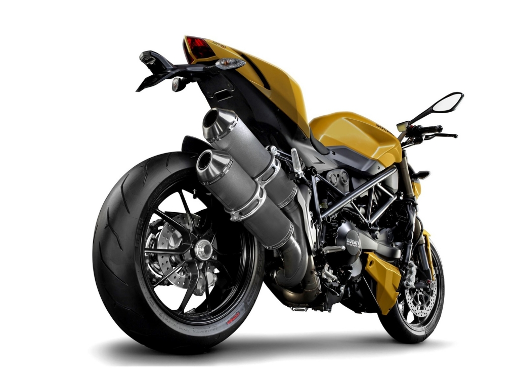 Ducati Streetfighter Rear for 1024 x 768 resolution