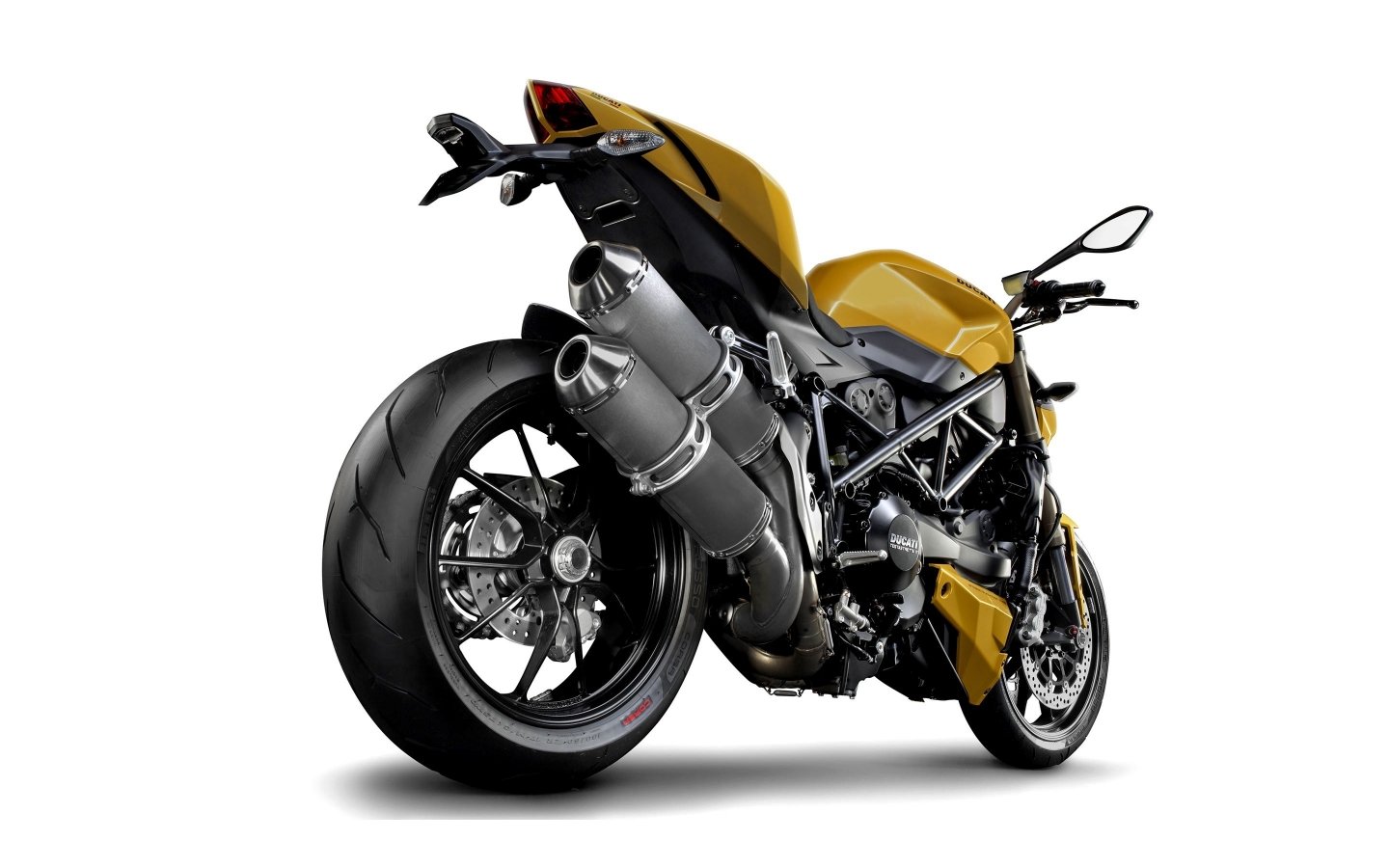Ducati Streetfighter Rear for 1440 x 900 widescreen resolution