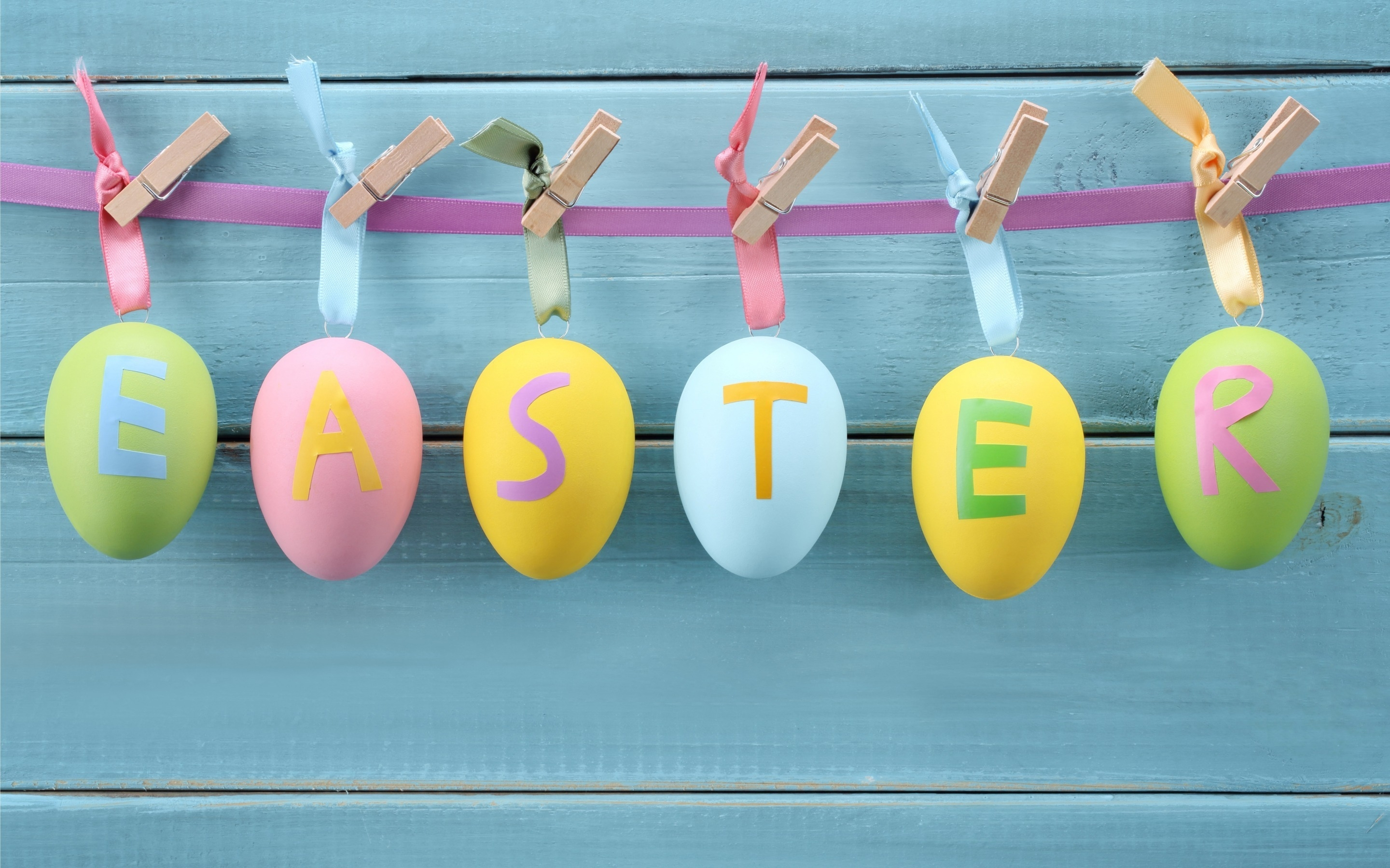 Easter Decorations for 2880 x 1800 Retina Display resolution
