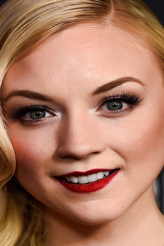 Emily Kinney Actress for 320 x 480 iPhone resolution