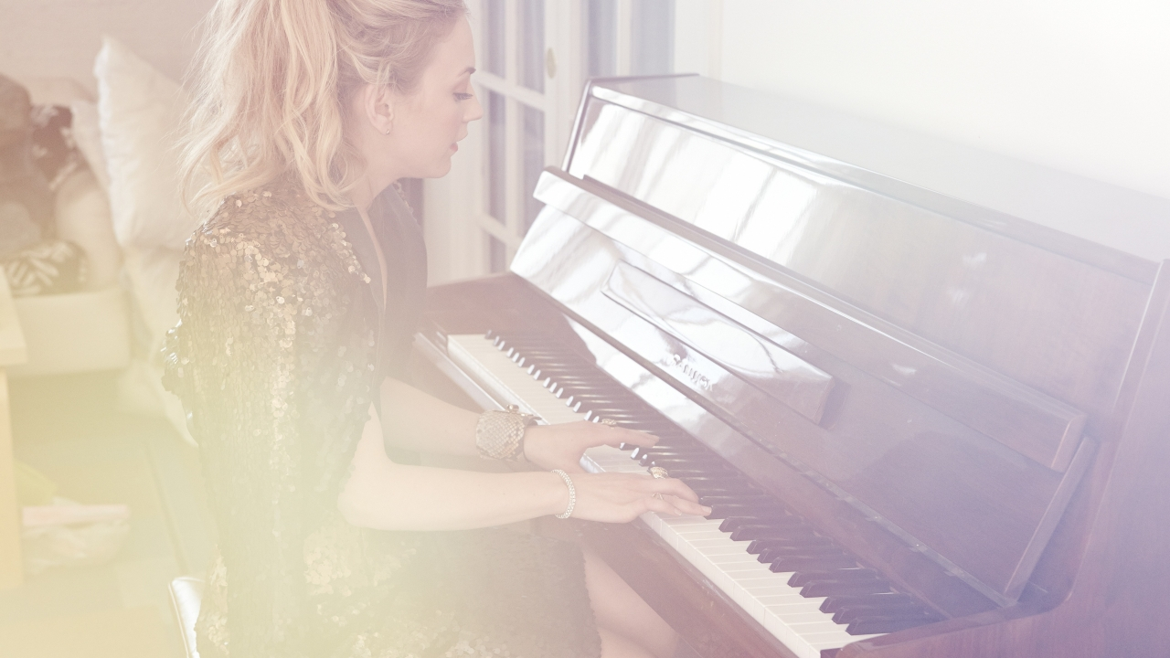 Emily Kinney Playing Piano for 1280 x 720 HDTV 720p resolution