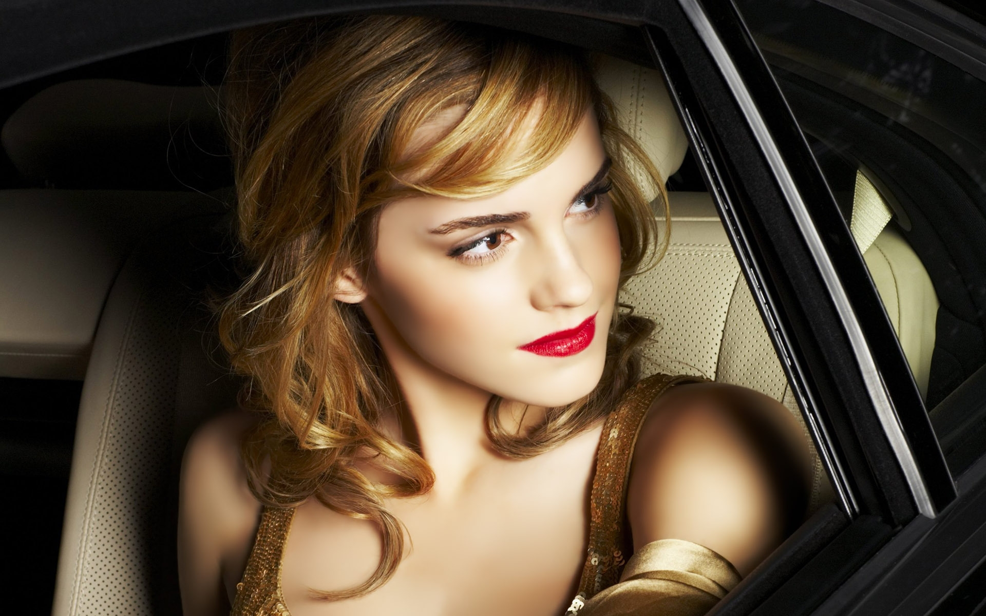 Emma Watson for 1920 x 1200 widescreen resolution