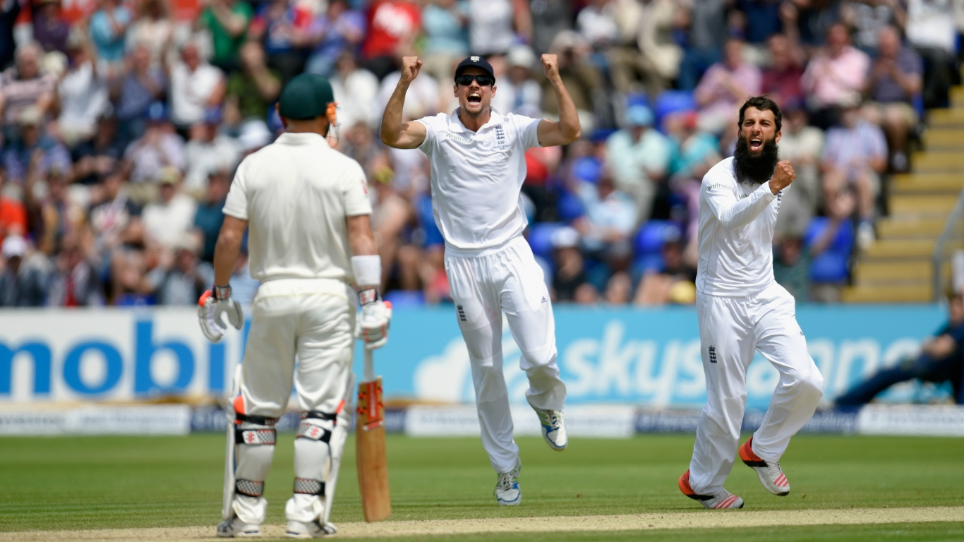 England Cricket for 1366 x 768 HDTV resolution