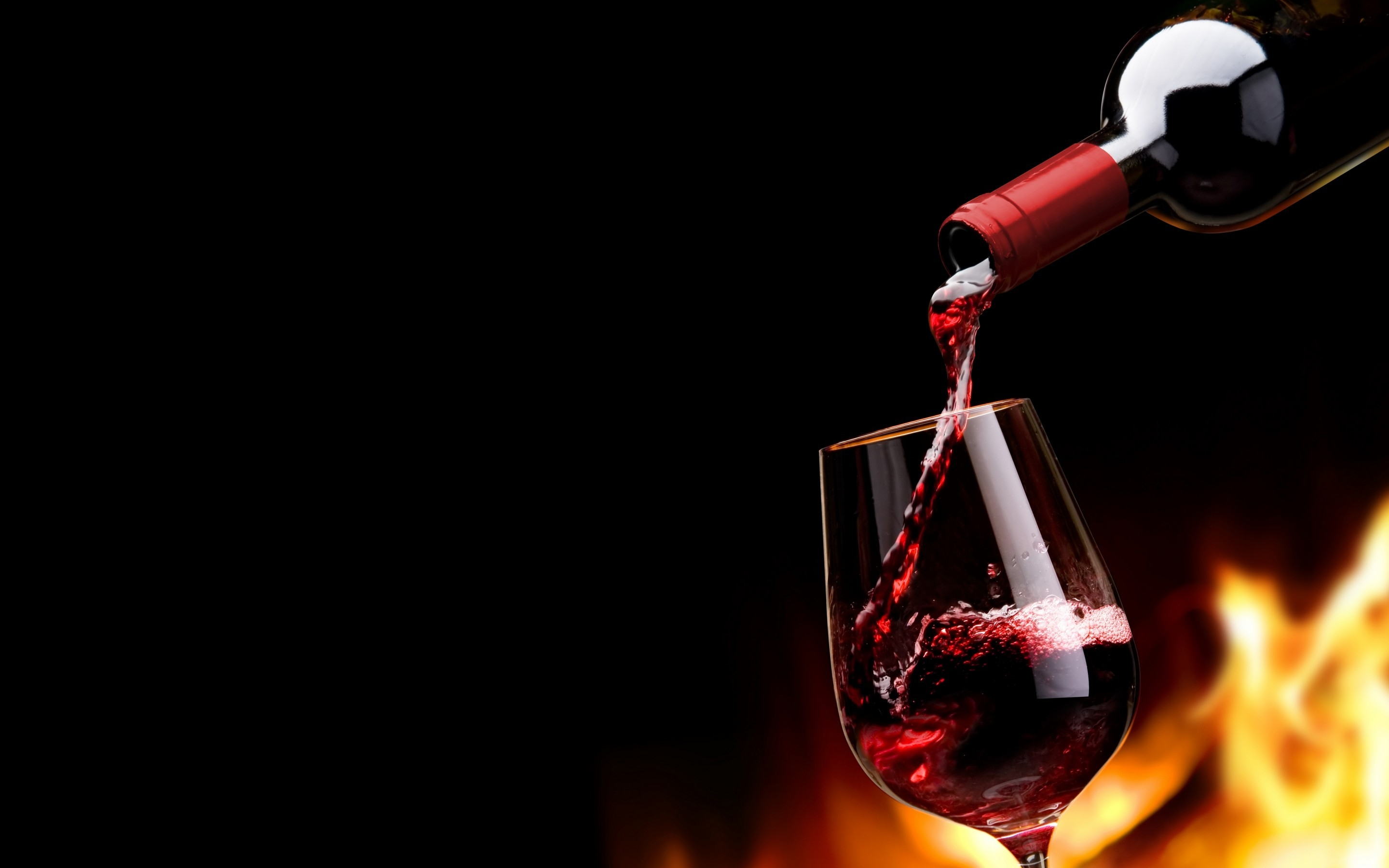 French Red Wine Wallpaper