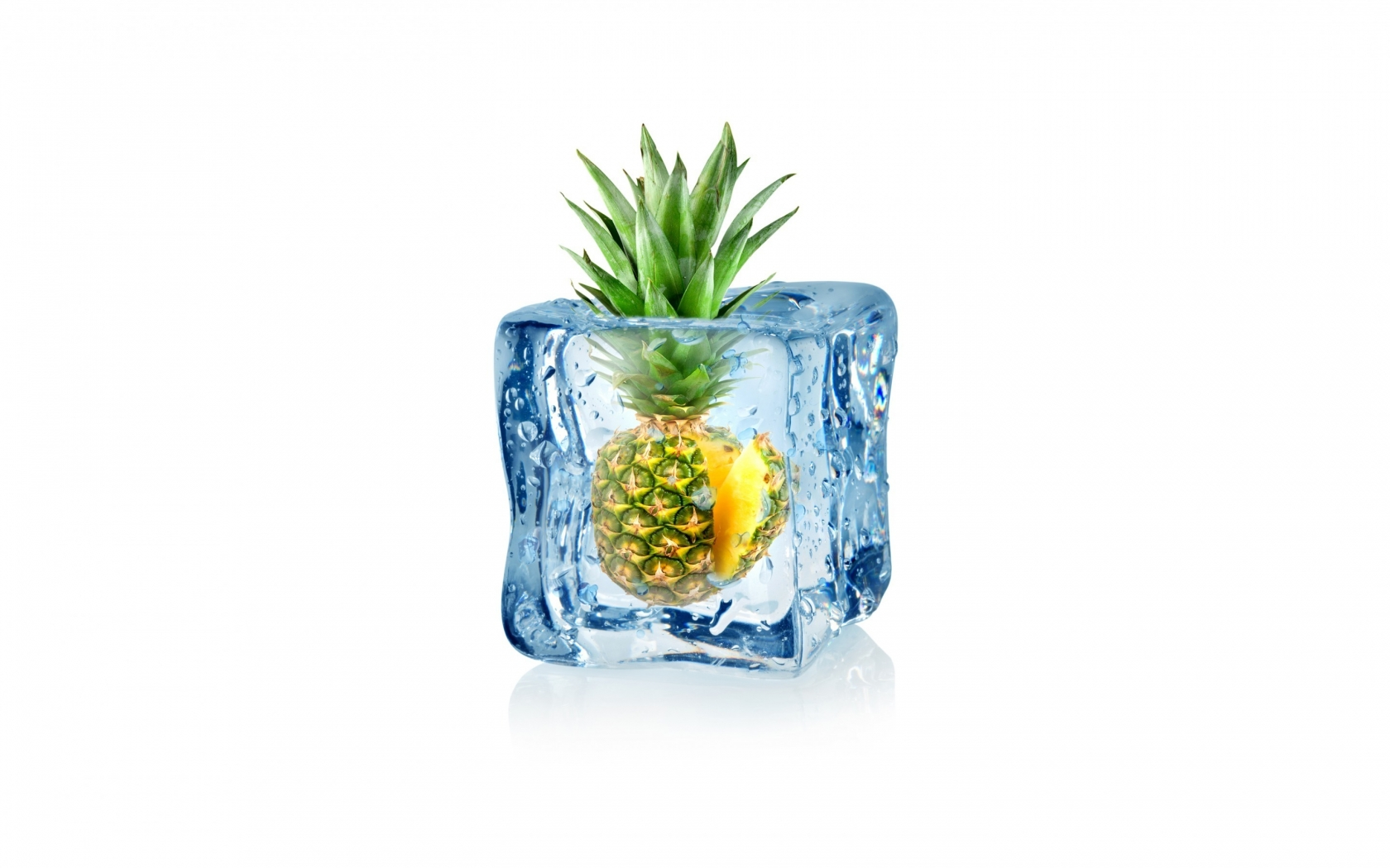 Frozen Pineapple for 1680 x 1050 widescreen resolution