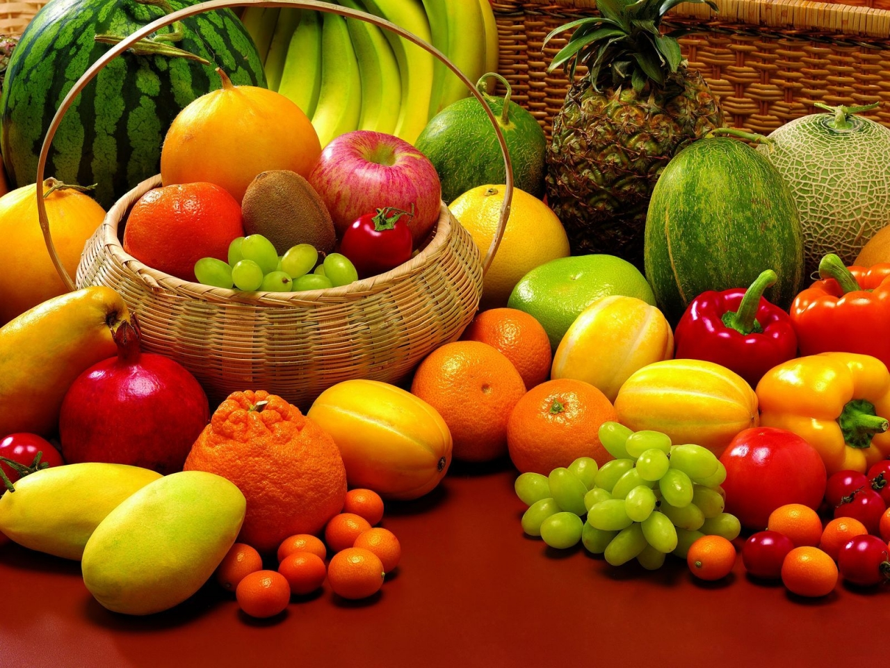 Fruits and Veggies for 1280 x 960 resolution
