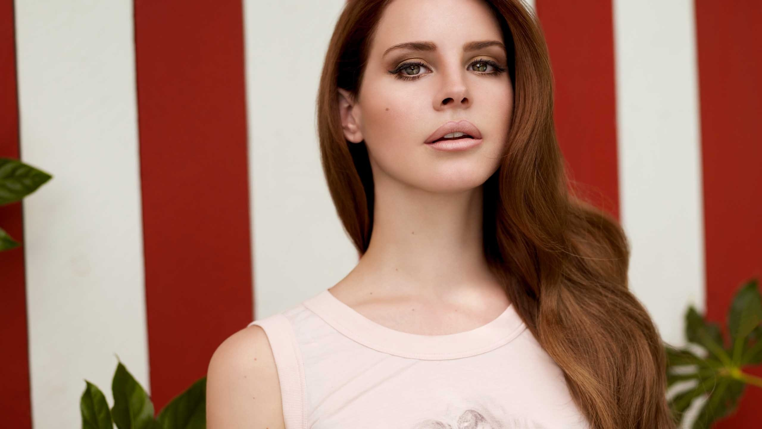 Gorgeous Lana Del Rey Hd Wallpaper Wallpaperfx