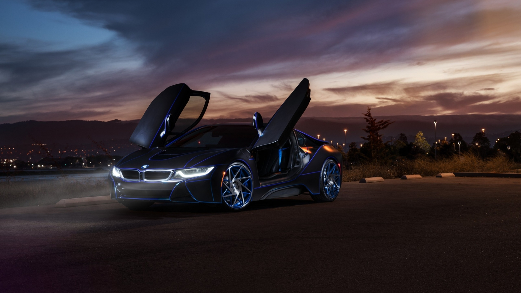Gorgeous New BMW i8 for 1680 x 945 HDTV resolution