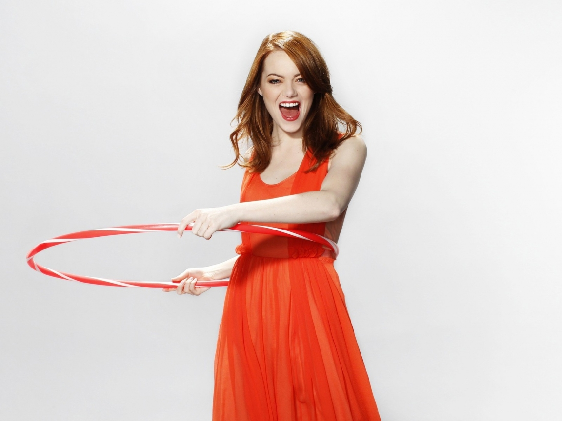 Happy Emma Stone for 1152 x 864 resolution