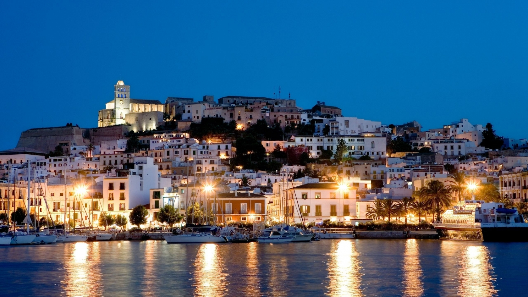 Ibiza Island for 1680 x 945 HDTV resolution