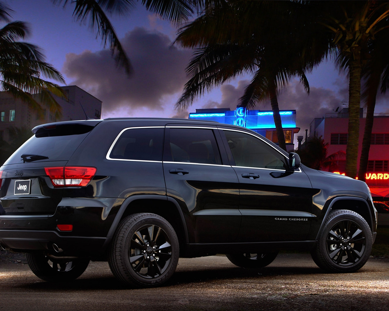 Jeep Grand Cherokee Rear Concept for 1280 x 1024 resolution